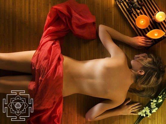ayurveda-tantra-massage