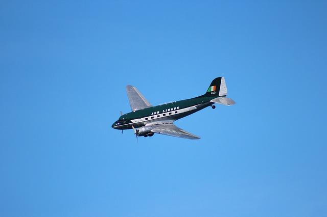 Lietadlo vo vzduchu.jpg